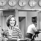 THE WEEK IN WOMEN news roundup: RIP Mary Tyler Moore; Octavia Spencer, Viola Davis and Lily Tomlin honored; Kristin Chenoweth praises 'Lion'