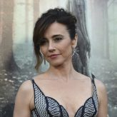 Linda Cardellini finally gets a starring role in 'The Curse of La Llorona'