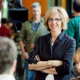 Nancy Meyers to receive Laurel Award for Screenwriting Achievement at Writers Guild Awards