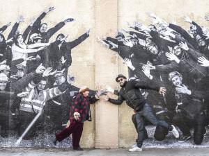 agnes varda faces clicking hands