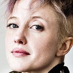 andrea riseborough head 4a
