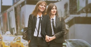 Emily Mortimer and Dolly Wells in Doll & Em (22013)